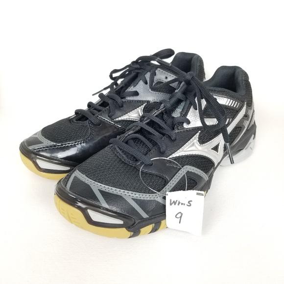cb4295352d74 Mizuno Shoes   Nwt Wave Rally 5 Volleyball 9   Poshmark